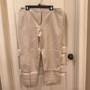 NEW WITH TAGS TALBOTS HAMPSHIRE ANKLE PANTS